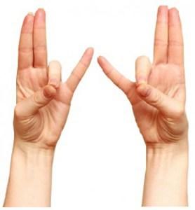Başparmağınızla yüzük parmağınızı Esnetin.. Sebebini Çok Seveceksiniz 1